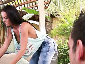 Teenage slut Brooke Van Buuren slams her pussy on a thick dick  699006