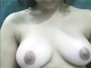 desi girl showing soft breast
