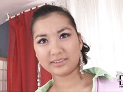 Today we bring you the exotic Mongolian beauty Sofie, back in all her hairy pussy glory, to go for a ride on the Sybian