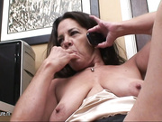 Kinky mature slut playing with herself while she calls